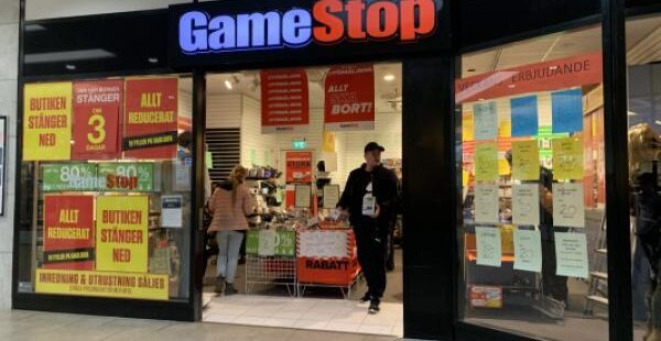 Can Chewy's Earnings Beat Fuel GameStop Stock?