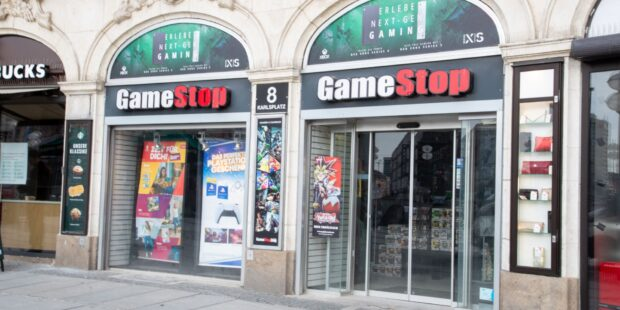 GameStop gains another 20%, extends five day rally
