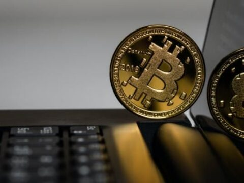 In Bitcoin's Path Back To $50,000, Institutional Investors, Whales Battle Miners