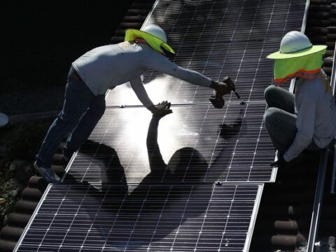 Solar Stocks Sink on Proposed California Rule Changes. Why Utilities in Other States May Wage Similar Battles.