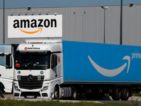 Amazon stock is exciting for these two reasons: analyst