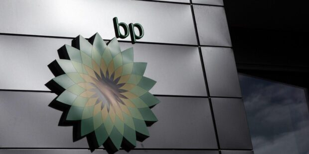 BP Poised to Restart Buybacks After Reaching Debt Goal Early