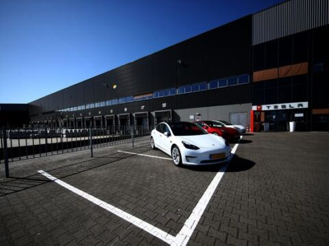 Tesla's Quarterly Deliveries Beat Estimates. How to Play the Good News.