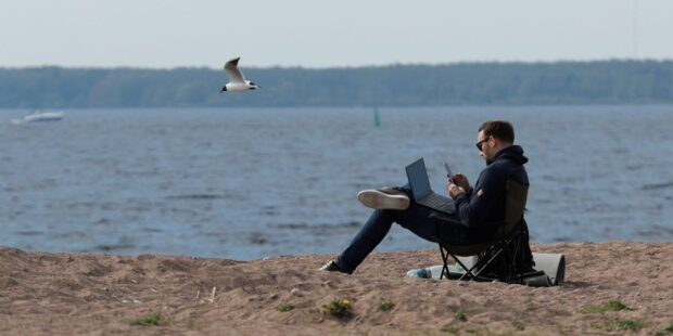The case against cutting remote workers' big-city salaries