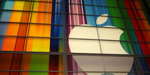 Why Apple's 'blowout' earnings aren't boosting its stock