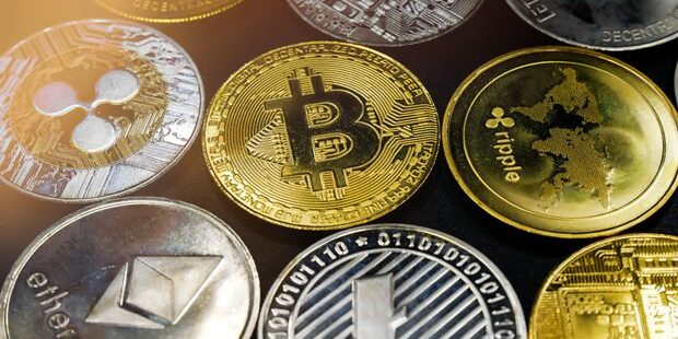 4 Little-Known Cryptocurrencies That Beat Bitcoin During the Crash