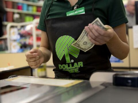 A Downbeat Outlook Sinks Dollar Tree Stock. Freight Could Be a Problem.