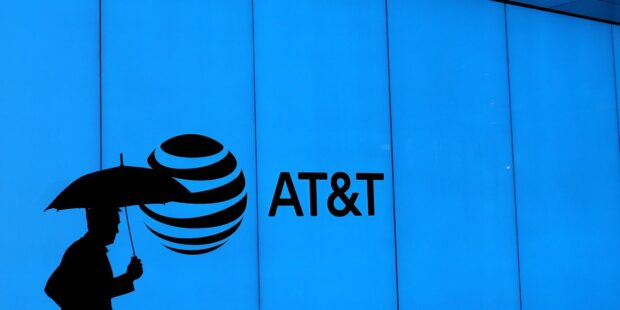 An AT&T Dividend Cut Brings Feelings of Betrayal for True Believers