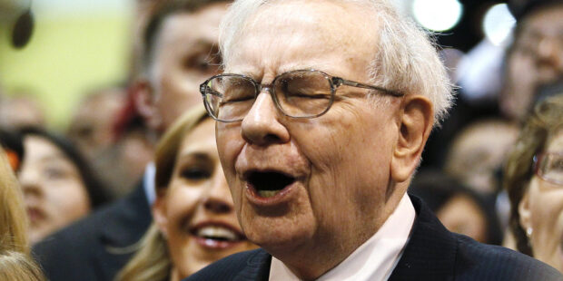 Buffett to new investors: 'It's not as easy as it sounds'