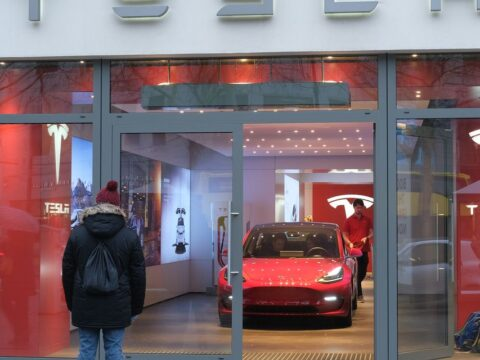 Tesla initiated at Wells Fargo, and there are 3 reasons analyst Colin Langan isn't bullish