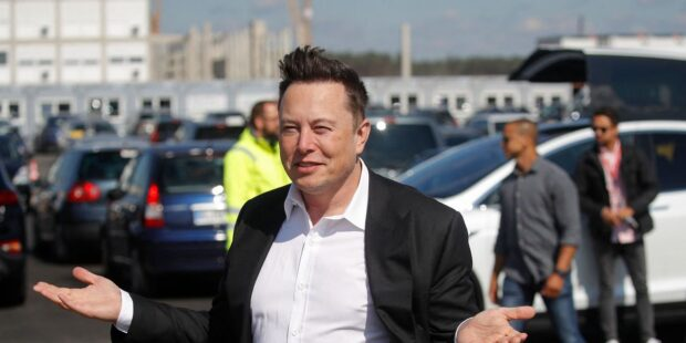 Elon Musk tweeted and this stock jumped, after report that regulators told Tesla his Twitter account broke court order