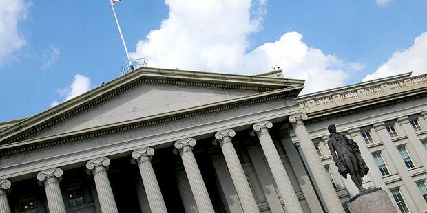 Inflation Remains Hot, but Treasury Yields Still Aren't Moving. Here's Why.