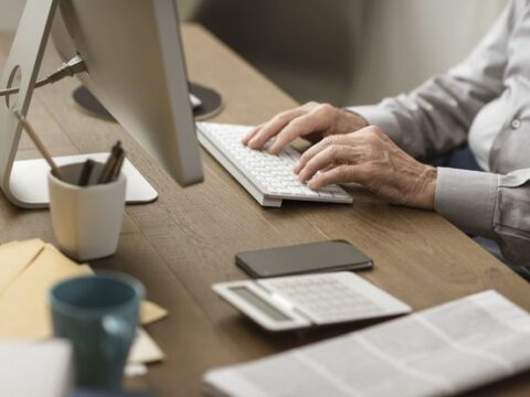 It's Time for a Midyear Review of Your Finances. Here Are 6 Areas to Focus On.