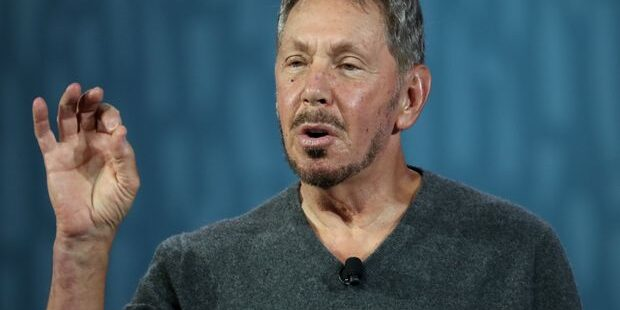 Oracle Earnings Blow Past Guidance, but Stock Slips as Investors Take Profits