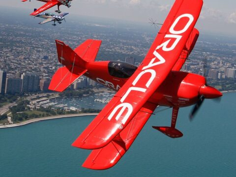Oracle stock falls despite earnings topping expectations
