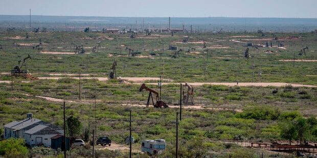 Shell Considering Sale of Texas Shale: Report