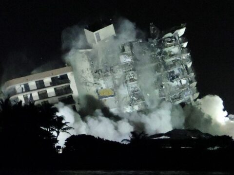 Demolition crews bring down rest of collapsed Florida condo; search to resume