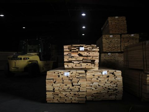 Lumber Drops to Nine-Month Low, Extending Retreat From Record