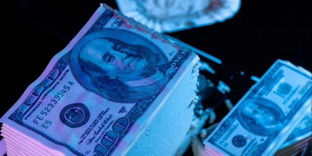 Ranking the Currencies That Could Unseat the Dollar