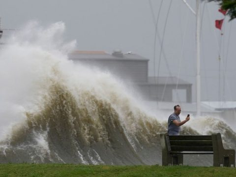 'We can't afford to leave': Some unable to flee ahead of Hurricane Ida