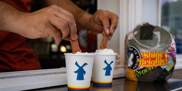 Dutch Bros Soars in Trading as Dairy Farmer Becomes Billionaire