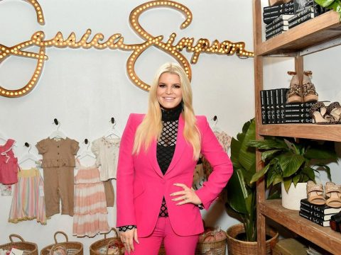 Jessica Simpson to Buy Her Name From Bankruptcy for $65 Million